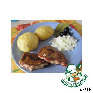 Рецепт Печеная картошка с салатом из лука