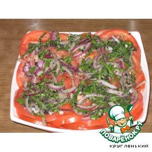 Рецепт Салат из помидоров с соусом песто