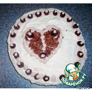Рецепт Шоколадный тортик со сливками и ягодным кремом
