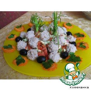 Салат с ... фрикадельками