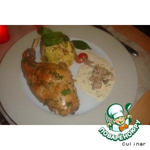 Рецепт Тушеный кролик с соусом из лисичек и картофелем со сливками