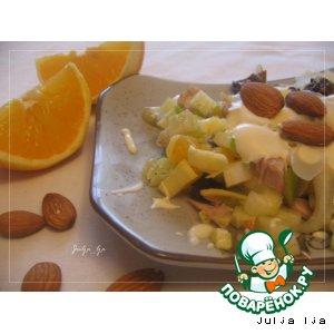 Рецепт Салат с курицей, сельдереем и фруктами