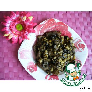 Рецепт Говядина тушеная с орехами и маслинами