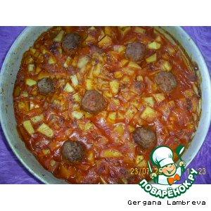 Рецепт Фрикадельки с томатным соусом и картошками