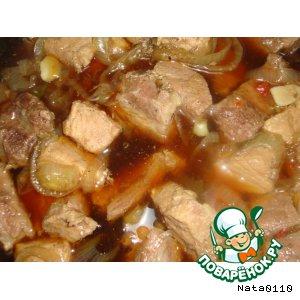 Мясо в сладком соусе