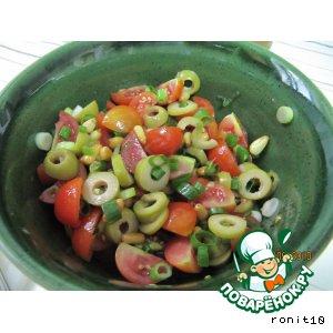 Рецепт Салат с черри и оливками