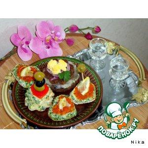 Рецепт Канапе   с   сыром,   сельдью,   икрой