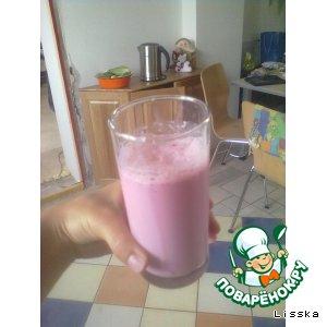 Рецепт Молочно-клубничный коктейль