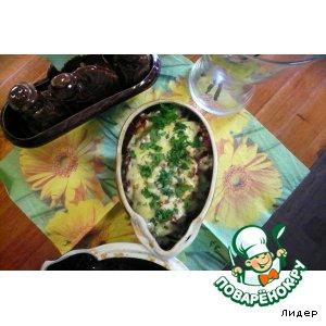 Рецепт Сочная свинина с фасольюи грибами под сыром