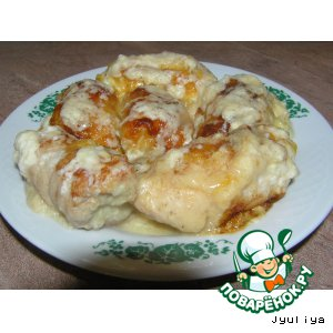 Рецепт Куриные рулетики в творожном соусе
