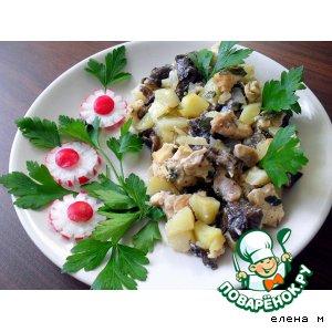 """Рецепт Картофель, запеченный с куриным филе и опятами """"Ужин от лентяйки-2 """""""
