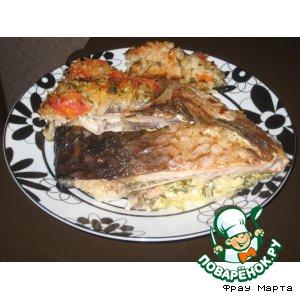 Рецепт Рыба, фаршированная брынзой и зеленью с гарниром из риса