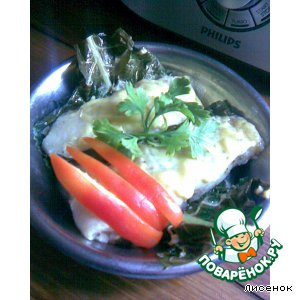 Рецепт Рыба в листьях хрена на пару