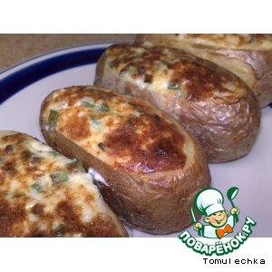 """Рецепт Картофельные лодочки, фаршированные сырами """"Эмменталь"""" и """"Пармезан"""", сливками и зеленым луком"""