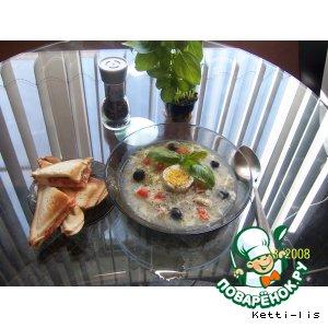 """Рецепт Суп """"Цезарь"""" с томатно-чесночными тостами и базиликом"""