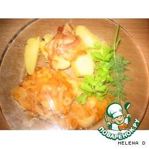 Рецепт Курочка в розовом соусе с запеченой в беконе  молодой картошкой