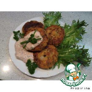 Рецепт Биточки с шампиньонами и луковым соусом