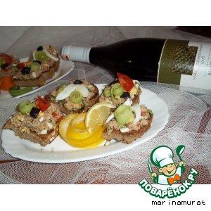 Рецепт Сэндвич с тунцом и овощами