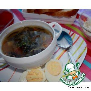 """Рецепт """"Капустный"""" суп с древесными грибами"""