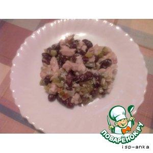 Рецепт Салат с куриной грудкой и фасолью