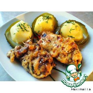 Рецепт Рулетики из куриного филе с орехово-огуречной начинкой