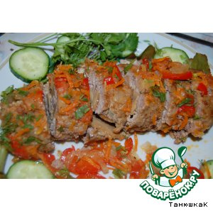 Рецепт Мясной рулет с грибами в овощном соусе