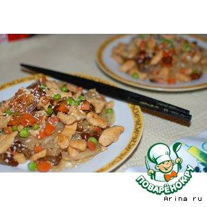 Рецепт Фунчоза с курицей и опятами