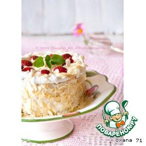 Рецепт Торт-рулет с клубникой, ревенем и творожно-сливочным кремом