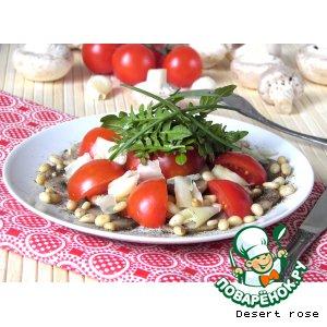 """Рецепт Салат с шампиньонами, помидорами """"черри"""" и кедровыми орехами"""