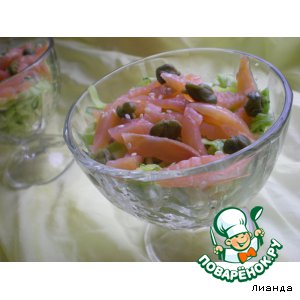 Рецепт Салат из молодой капусты с семгой
