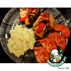 Рецепт Куриные грудки, фаршированные  трехцветным перцем и сыром