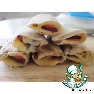 Рецепт Рулетики из лаваша, жареные в сендвичнице