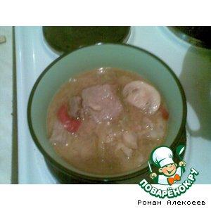 Рецепт Свинина, тушенная с болгарским перцем и шампиньонами