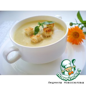 Cream soup of zucchini