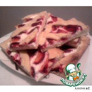 Рецепт Песочный пирог с творогом и сливами