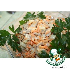 Рецепт Салат из морковки, свинины и лука
