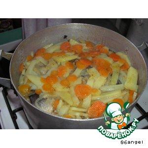 Рецепт Сельдь свежая, тушенная с овощами