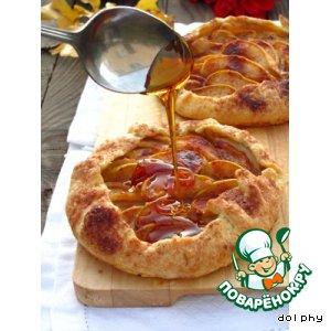 Рецепт Галеты с грушами и карамельным соусом