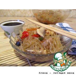 Рецепт Фунчоза с курицей, грибами и тушеными овощами