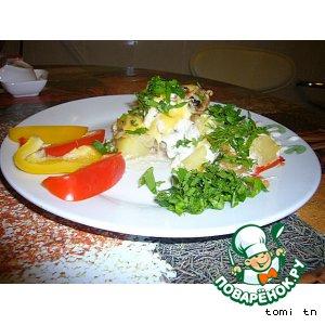 Рецепт Окунь морской, запеченный под сметанно-грибным соусом