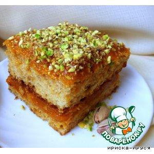 Рецепт Бисквитное пирожное с абрикосовым повидлом и фисташками