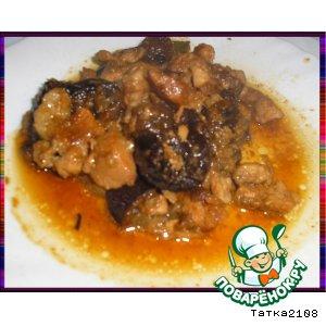 Рецепт Свинина, тушенная с черносливом и яблоками