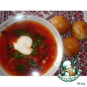Ukrainian borsch with donuts