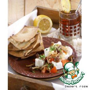 Рецепт Хрустящие хлебцы с салатом из брынзы