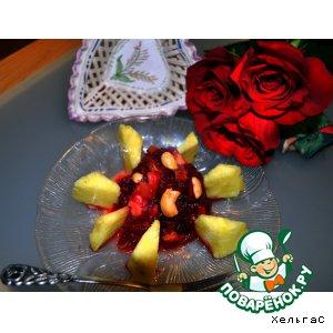 Рецепт Фруктовый салат с ананасом и свеклой