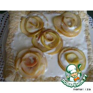 """Рецепт Тарт с яблочными """"розами"""" и сливочным кремом"""