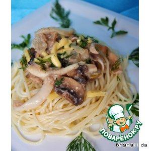 """Рецепт """"Вся Парма любит это!"""" -  Спагетти с поджаркой из кальмаров в орехово-грибном соусе"""