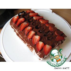 Рецепт Бисквитный рулет с клубникой и шоколадом