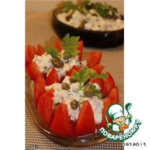 Рецепт Помидоры, фаршированные салатом из тунца и каперсами