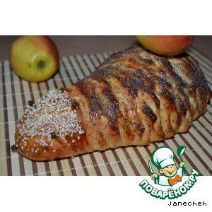 """Рецепт Батон """"Ежик""""  сырный с яблоком"""